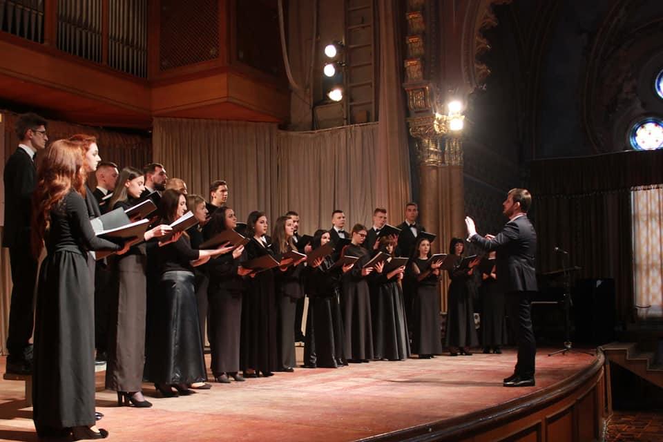 Мукачівський молодіжний хор